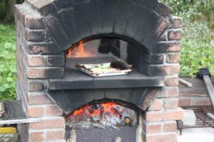 地元食材を使ったピザづくり体験